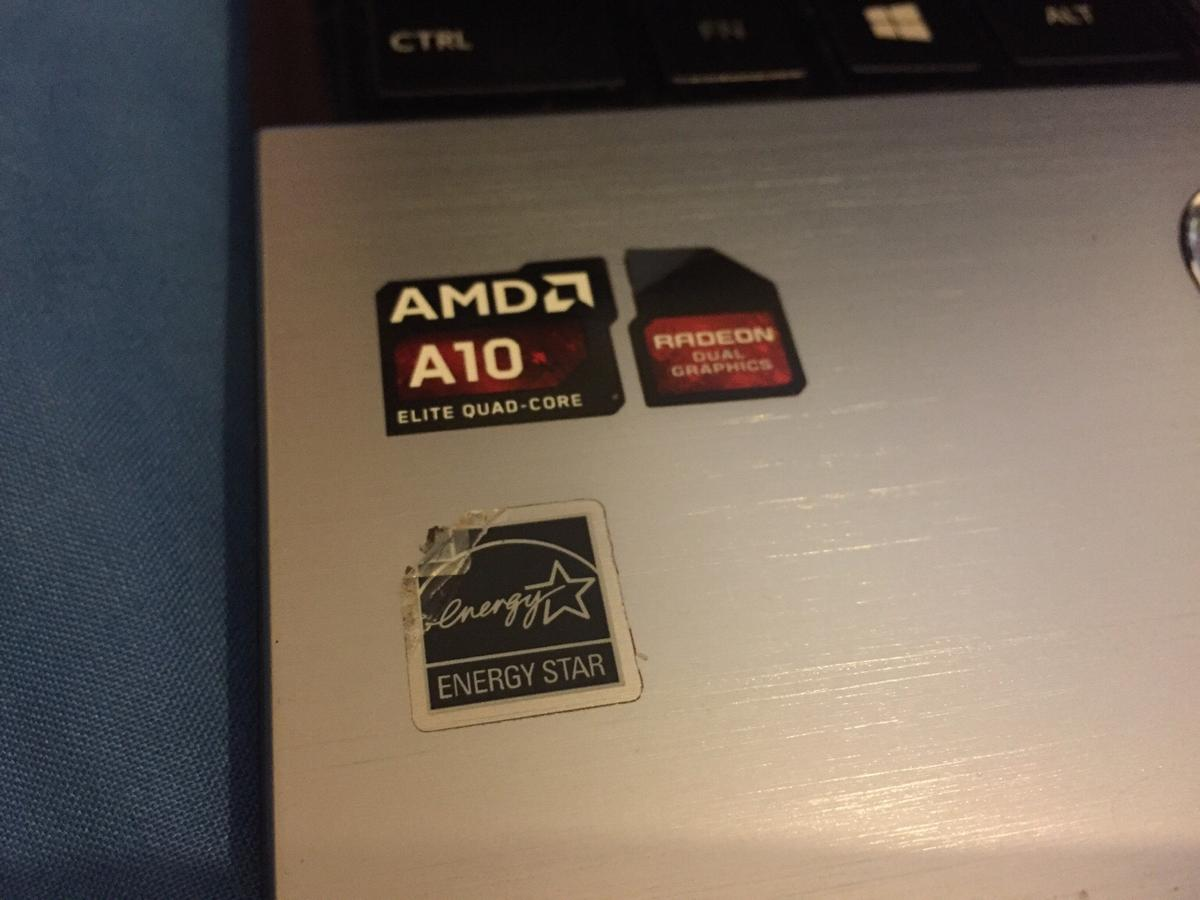 TOSHIBA gaming laptop S50d 6gb ram 750gb in SE25 London for