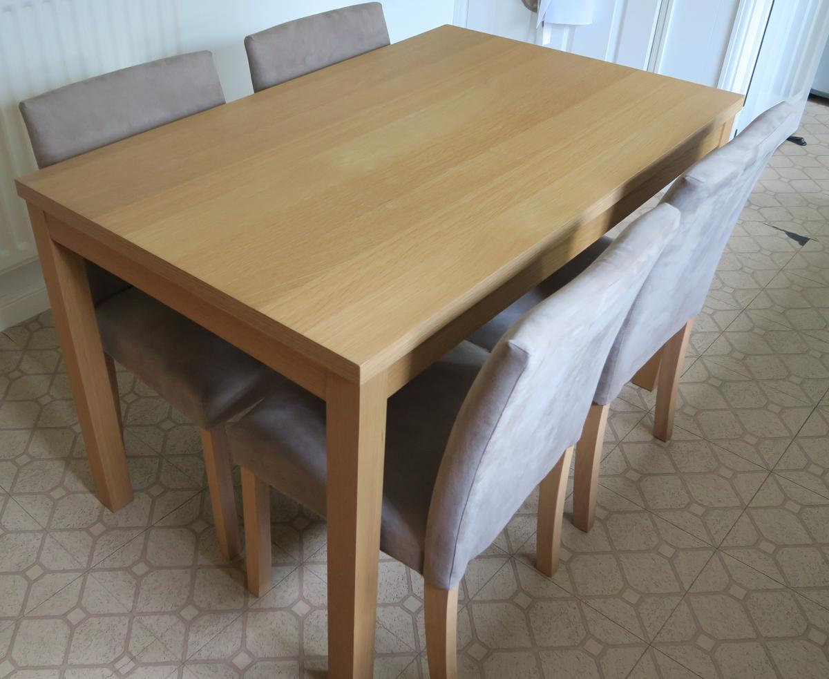 Homebase Dining Kitchen Table & Chairs in WR11 Worcester for £11.11