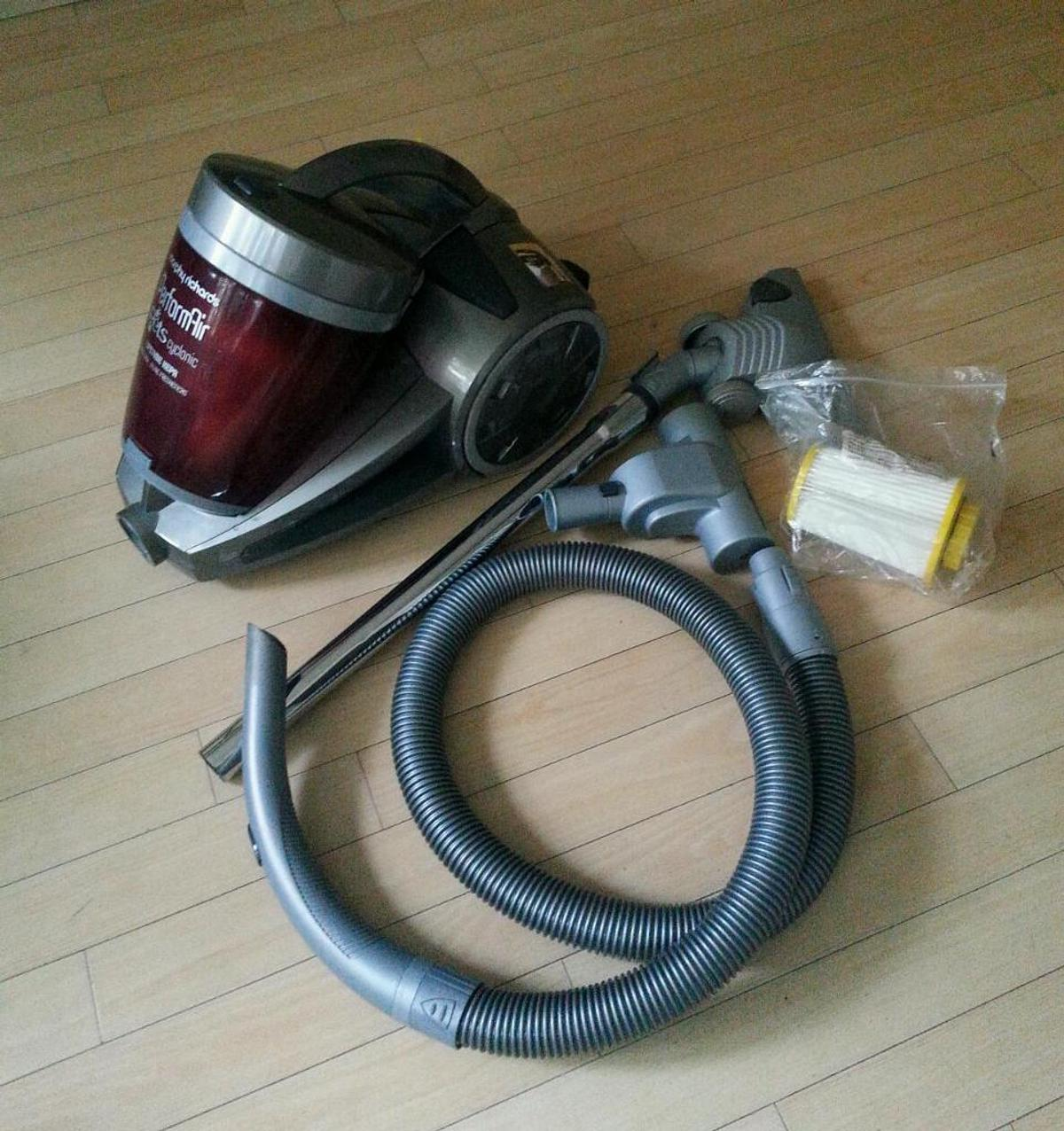 Morphy Richards PerformAir Vacuum Cleaner in WA15 Manchester for