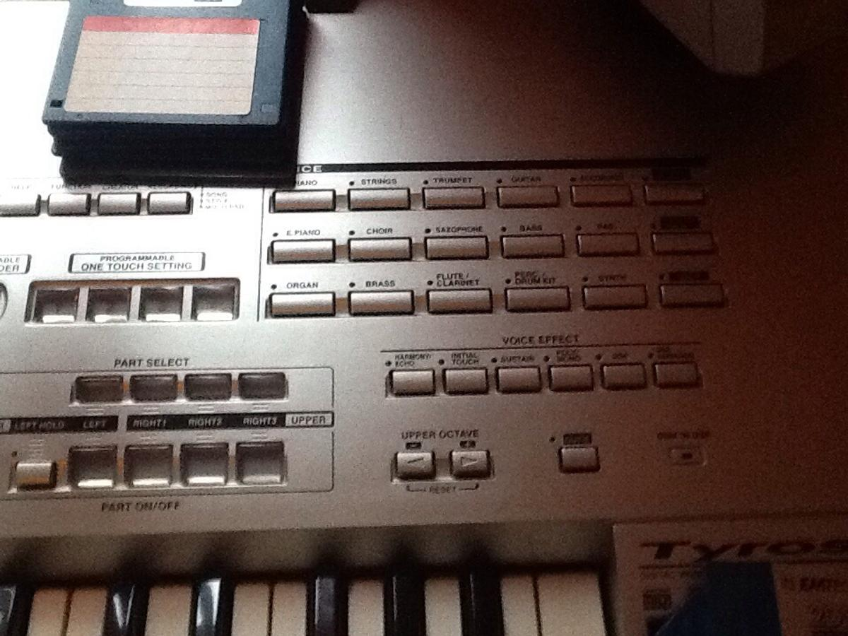 Yamaha tyros 1 keyboard in EH48 Armadale for £500 00 for sale - Shpock