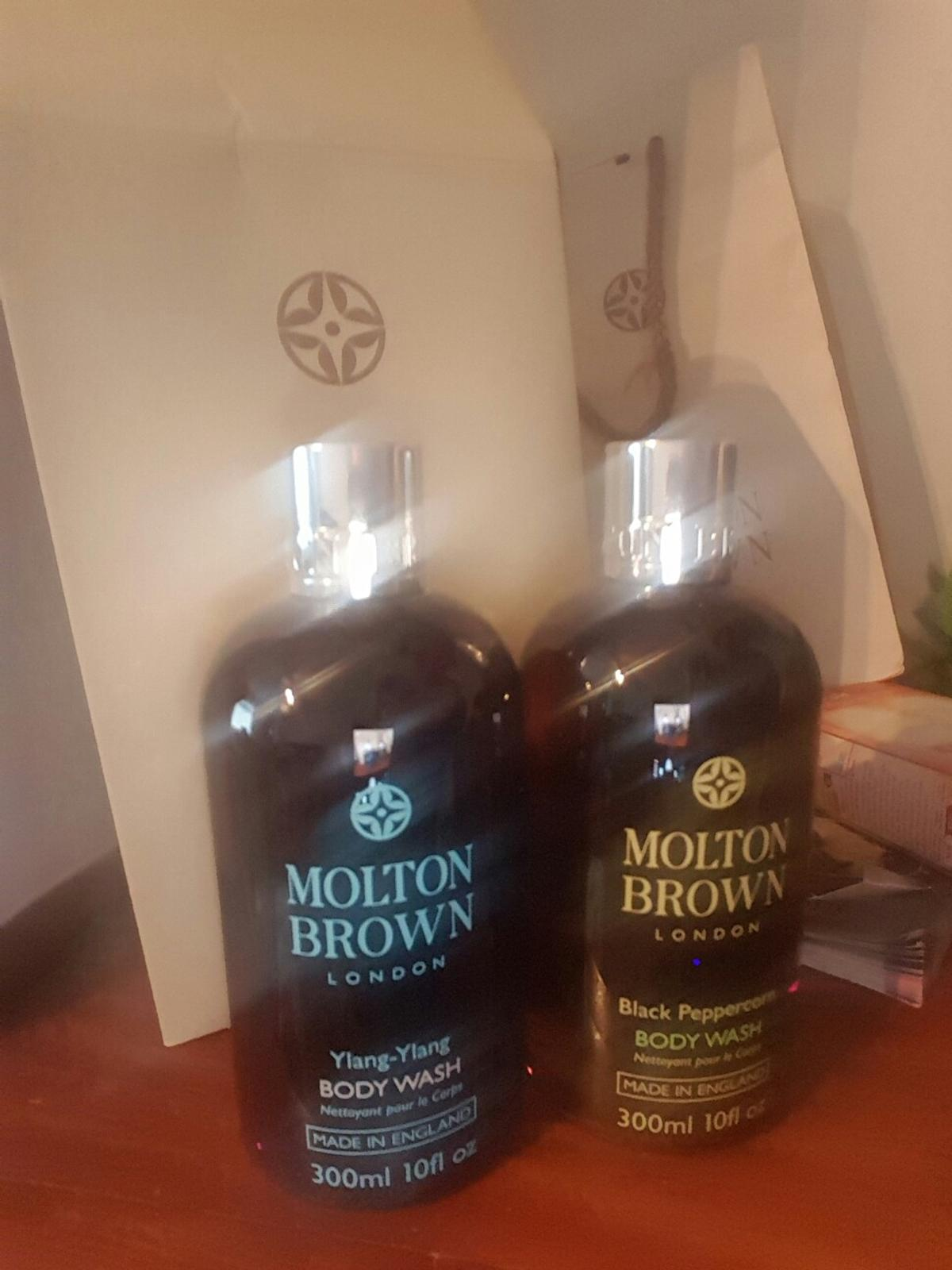 Description. molton brown body wash and royal jelly gift set ...
