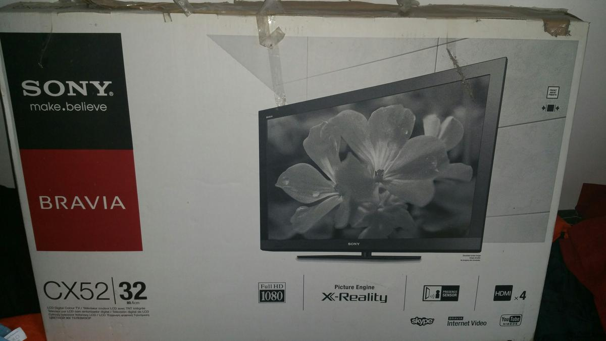 Sony Bravia Cx52/32 smart tv in UB3 London for £115 00 for sale - Shpock
