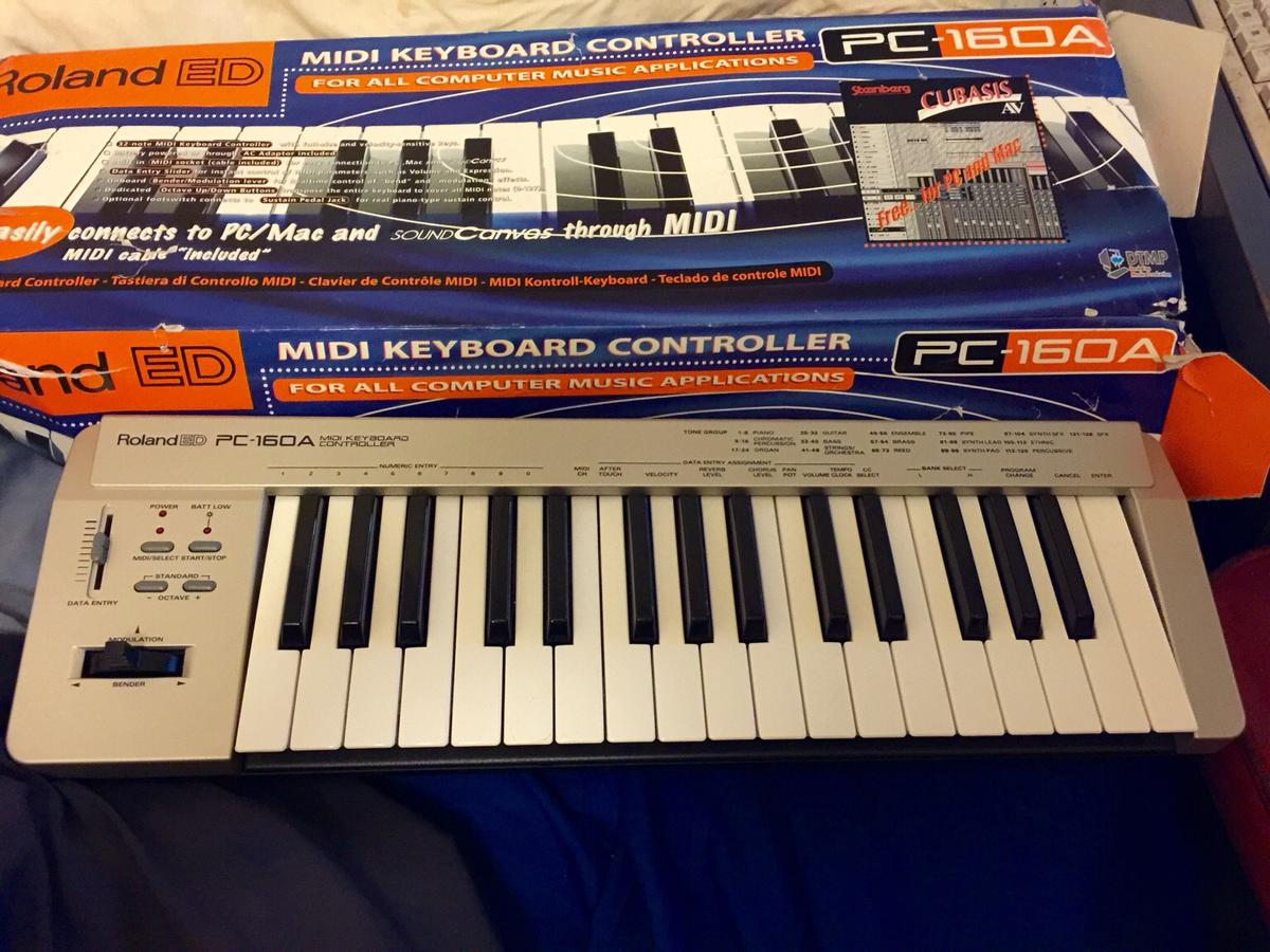 ROLAND ED PC-160A Midi Keyboard for PC & Mac in SK9 Handforth for