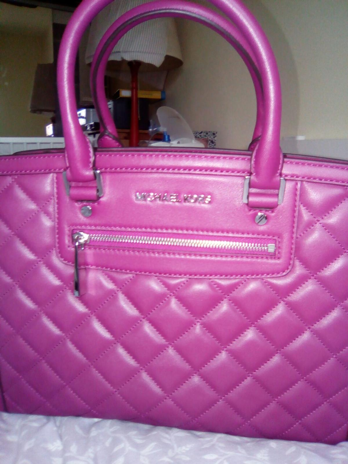 aa7c3597ae560 Michael Kors Selma in 2721 Bad Fischau for €250.00 for sale - Shpock