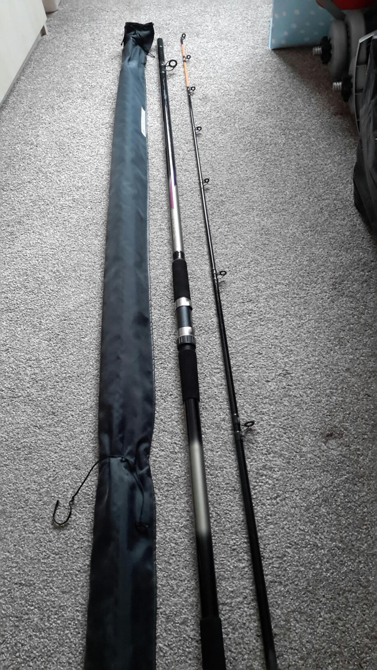 Sea fishing rod (beachcasting) and reel. in Wigan für £ 30
