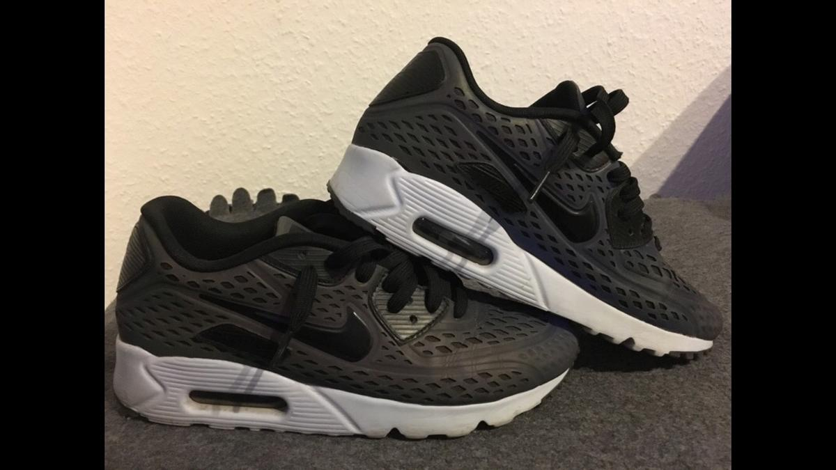 Nike Air Max 90 Ultra Moire Holographic Pack in 40597