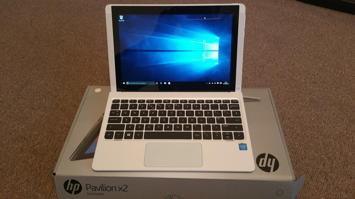 "HP Pavilion x2 10-n155na 10 1"" 2 in 1 - White"