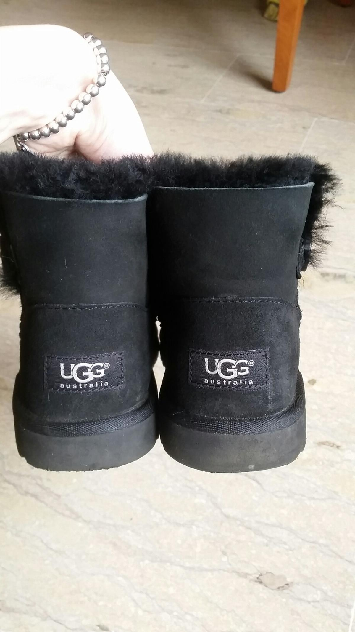 48cbe28c815 Ugg mini boots EU 36 donna 34 bambino in 41122 Modena for €65.00 for ...