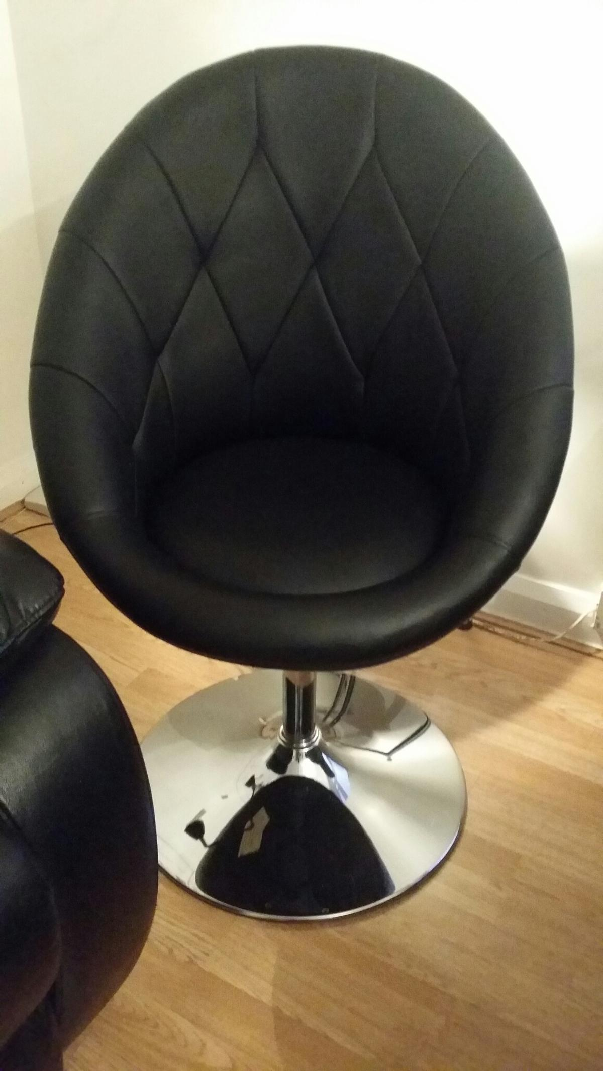 Picture of: Black Faux Leather Swivel Chair In St3 Normacot For 70 00 For Sale Shpock
