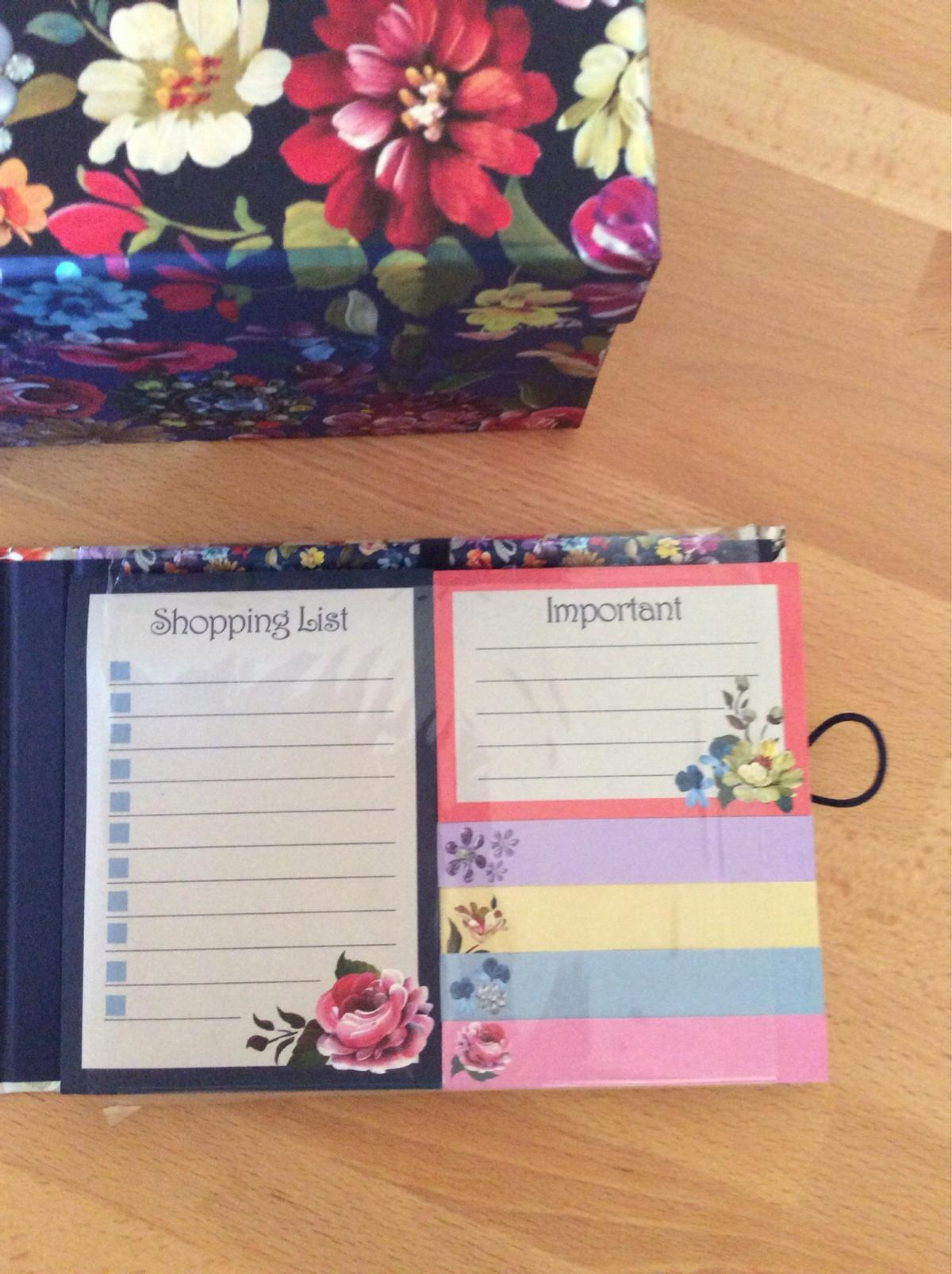 PAPERCHASE Storage box + Memo notelets