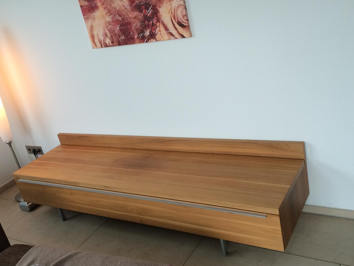 Hulsta Now 7 Tv Meubel.Hulsta Now 7 Tv Sideboard Nussbaum