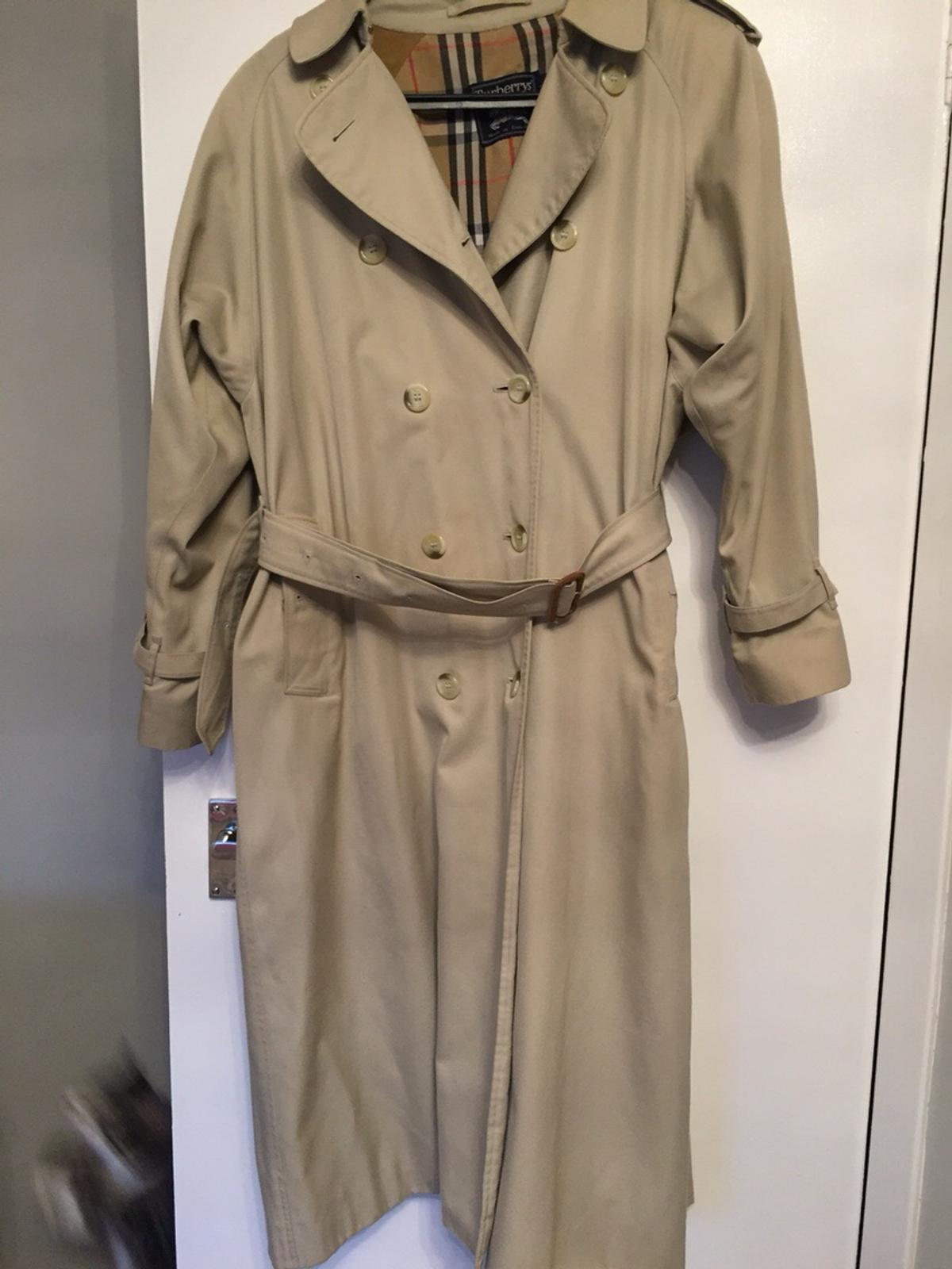 2a787fc90 Vintage Burberry Trench Coat in KA9 Prestwick for £30.00 for sale ...