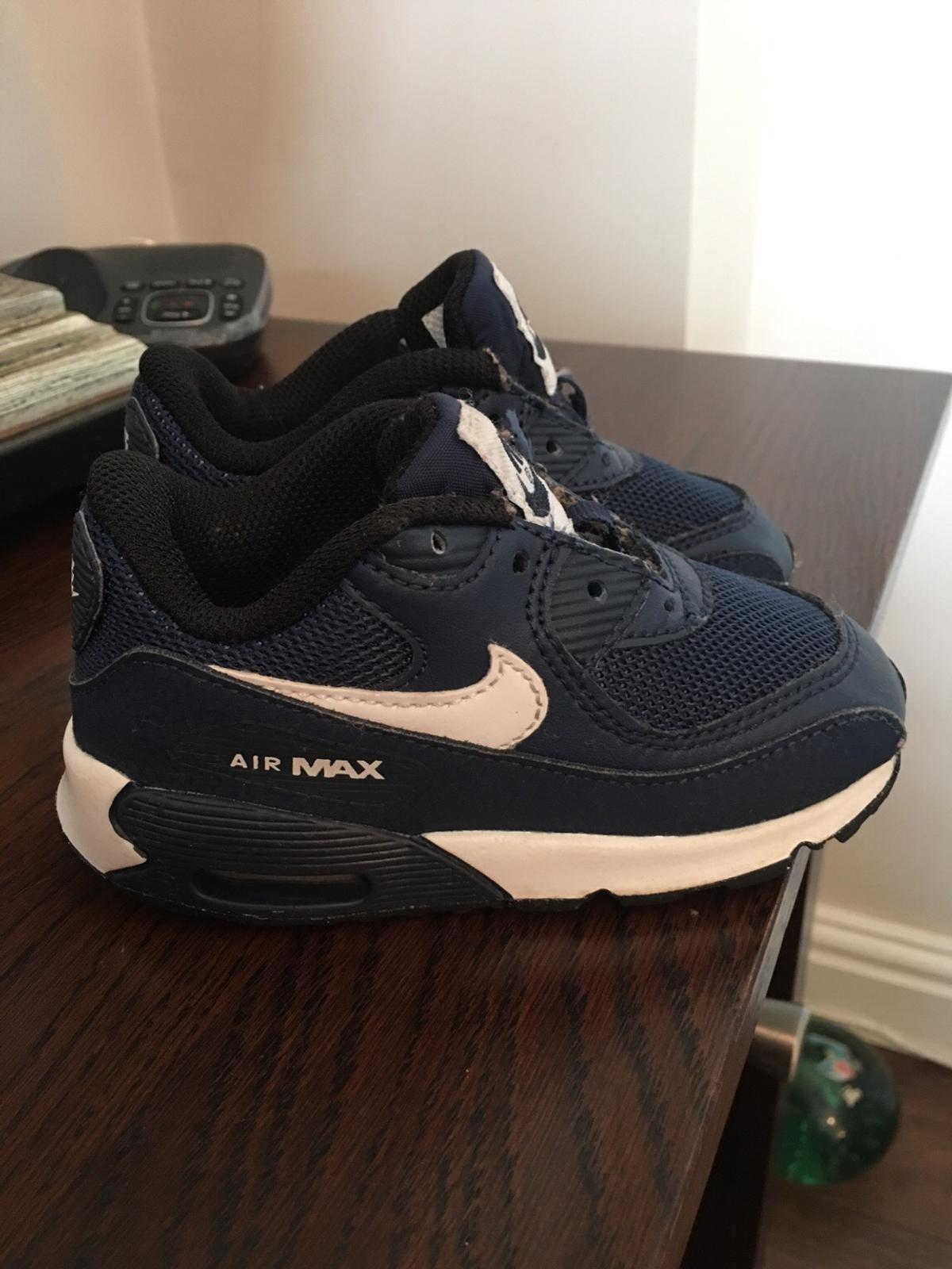 34d8accb140de Kids 6.5 Nike air max trainers (no laces) £2 in St Helens for £2.00 ...