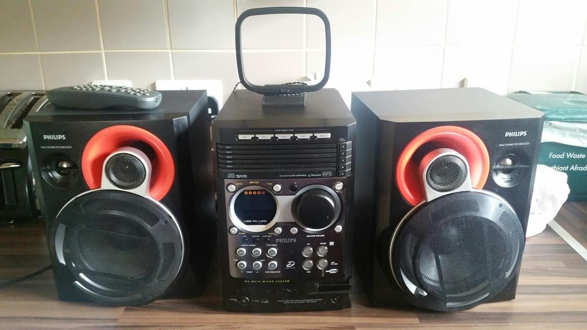 Philips 5 disk usb-PC link in NP23 Tredegar for £30 00 for