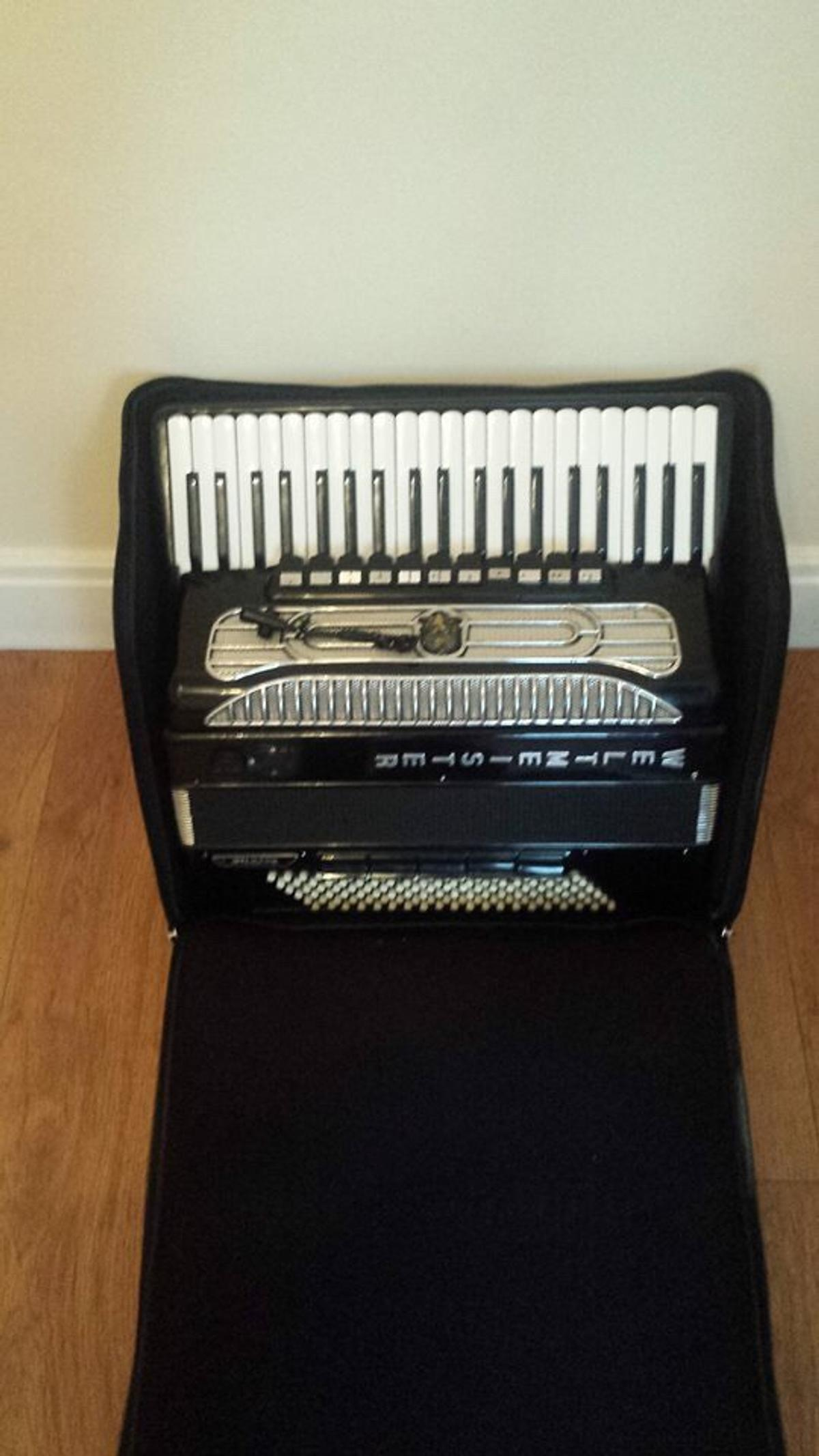 Accordion weltmeister supita for sale in CR7 London for £1,555 00