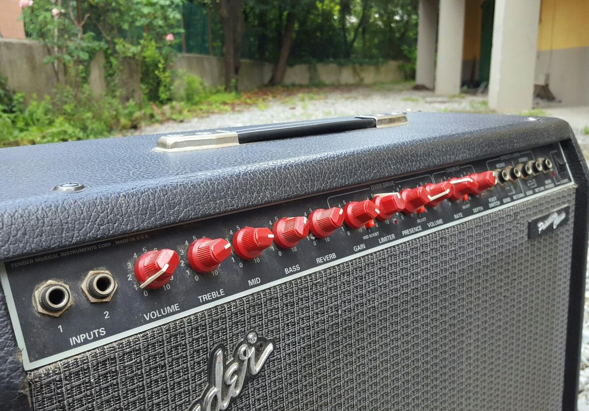 Amplificatore fender Princeton chorus in 55100 Lucca for €150 00 for