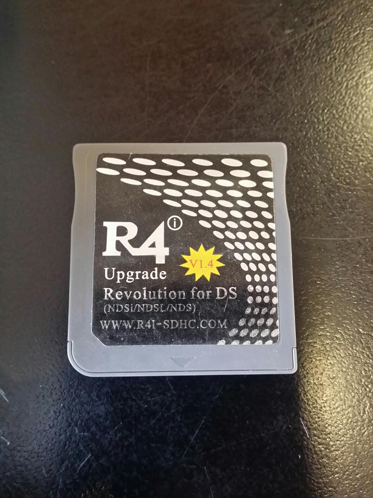 R4i DS Card