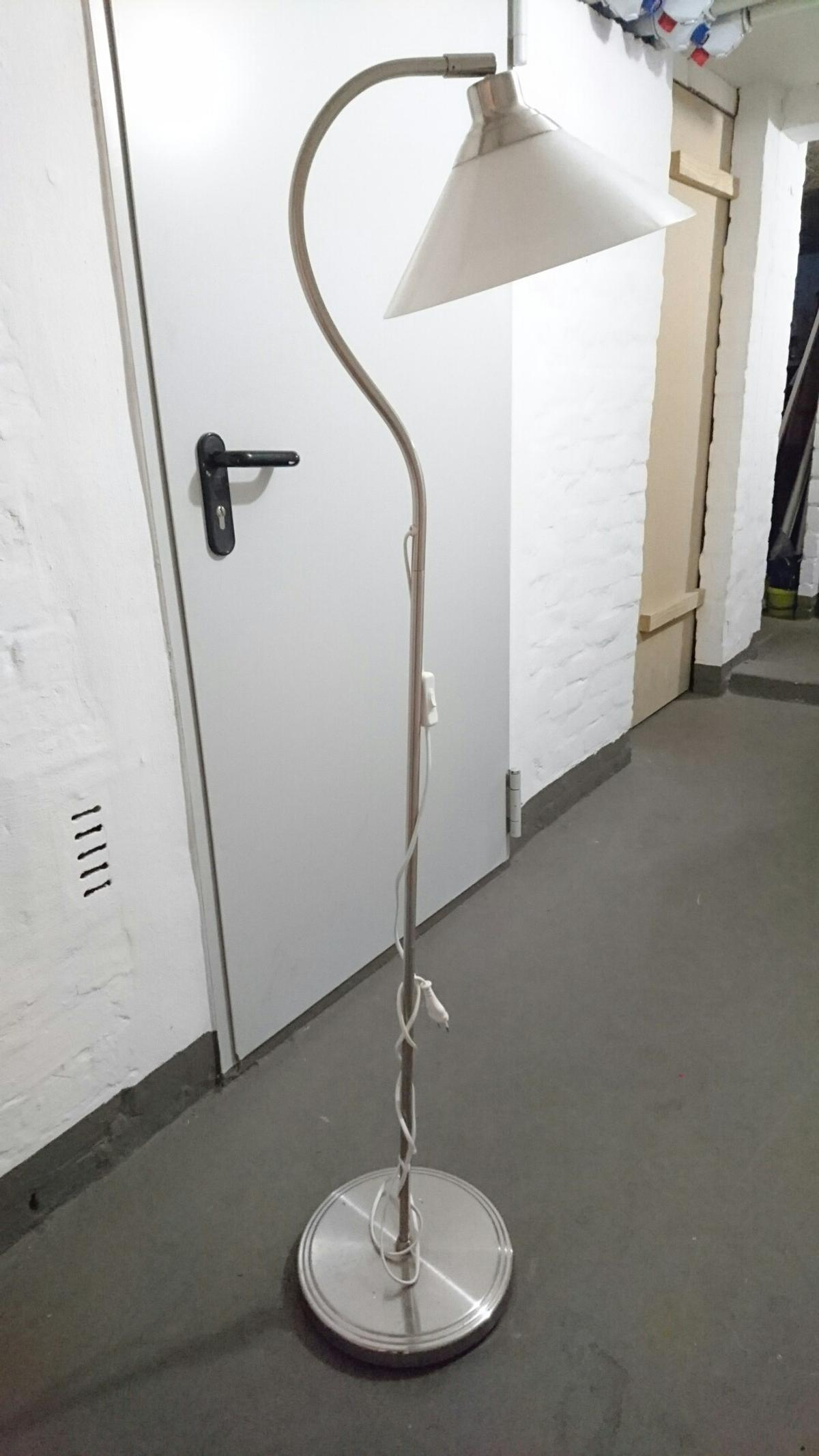 Stehlampe Weiss Ikea In 21129 Hamburg For 10 00 For Sale Shpock