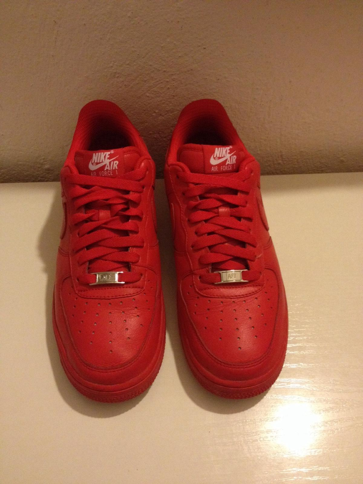 nike air force basse rosse