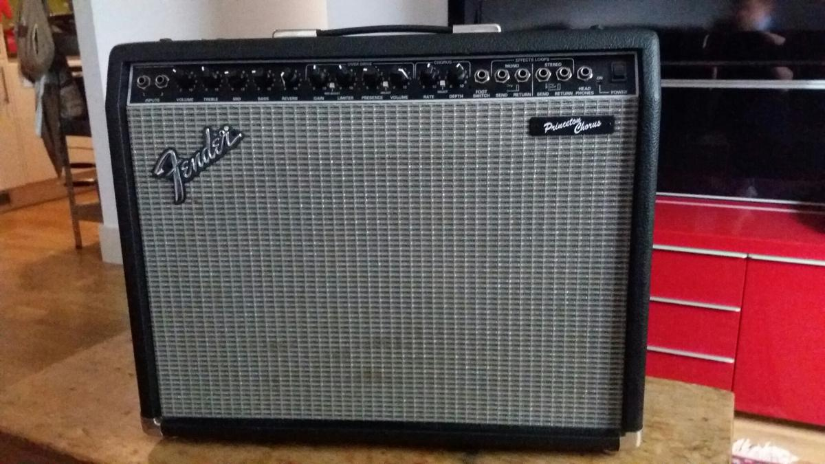 Fender Princeton Chorus 125 watt guitar ampl in SE18 London