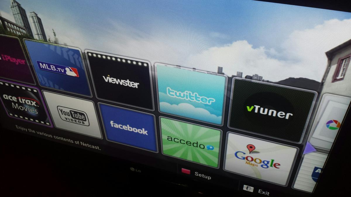 LG smart tv No 42LE5900 in SW9 London for £150 00 for sale