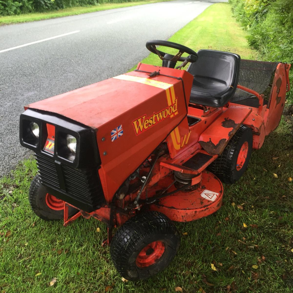 Westwood t1200 ride on mower in Prees for £400 00 for sale