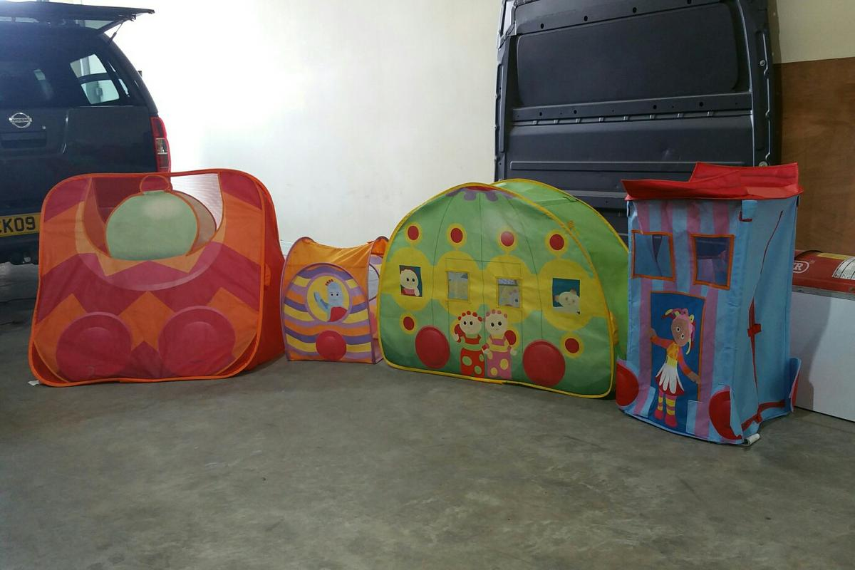Ninky nonk pop up play set & Ninky nonk pop up play set in DN6 Street for £12.00 for sale - Shpock