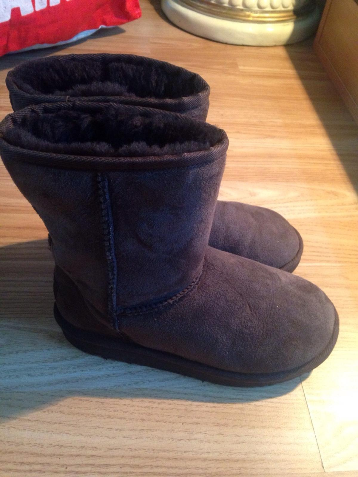 2d5962397ab Brown uggs size 1