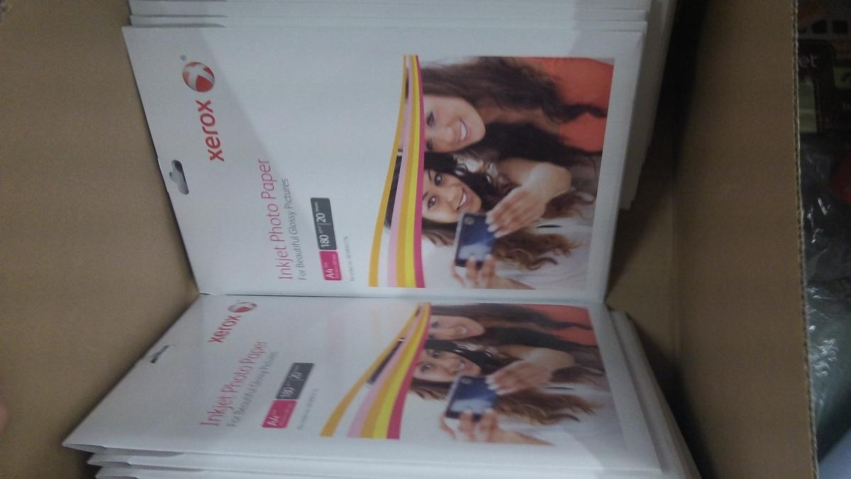 25 Packs Xerox Glossy Inkjet Paper A4 180gsm