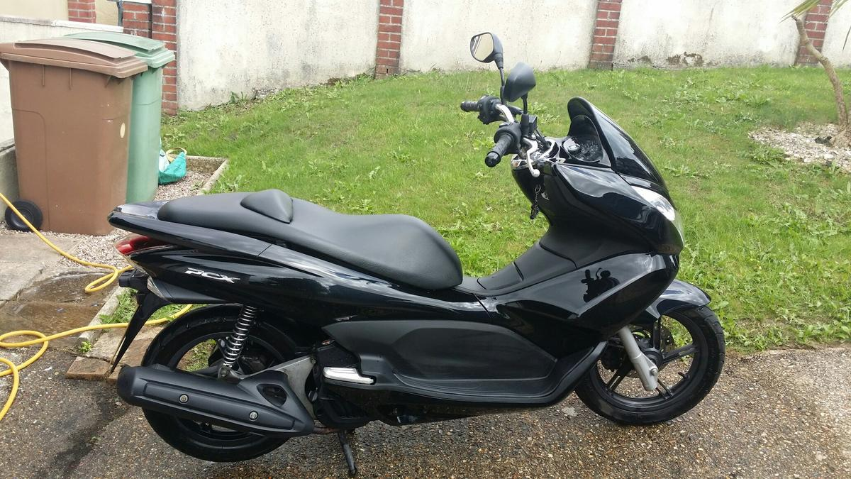 Honda PCX 125cc in PL6 Plymouth for £1,450 00 for sale - Shpock