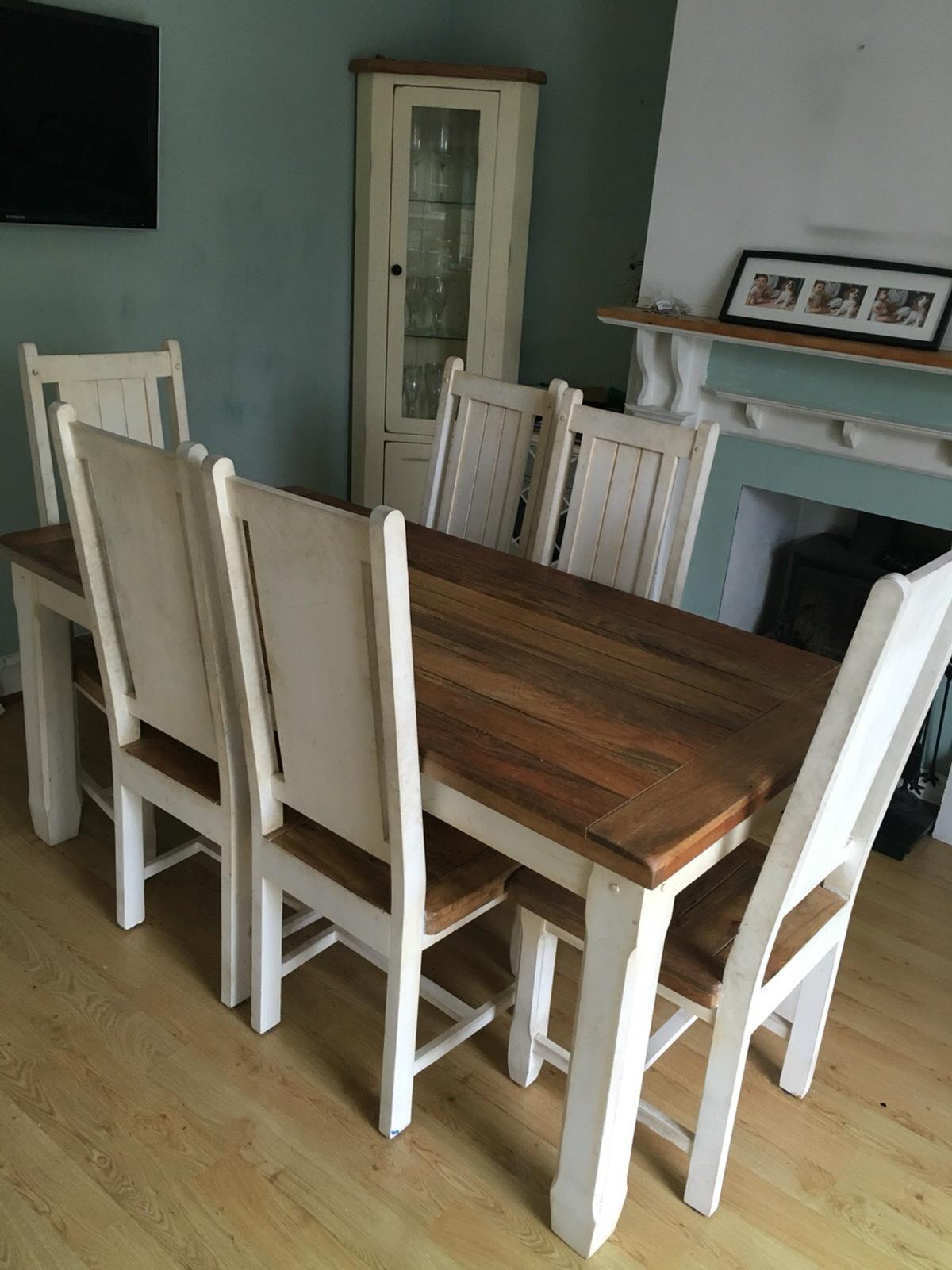 Shabby Chic Dining Table and 9 Chairs in SM9 Wallington für £ 9 ...