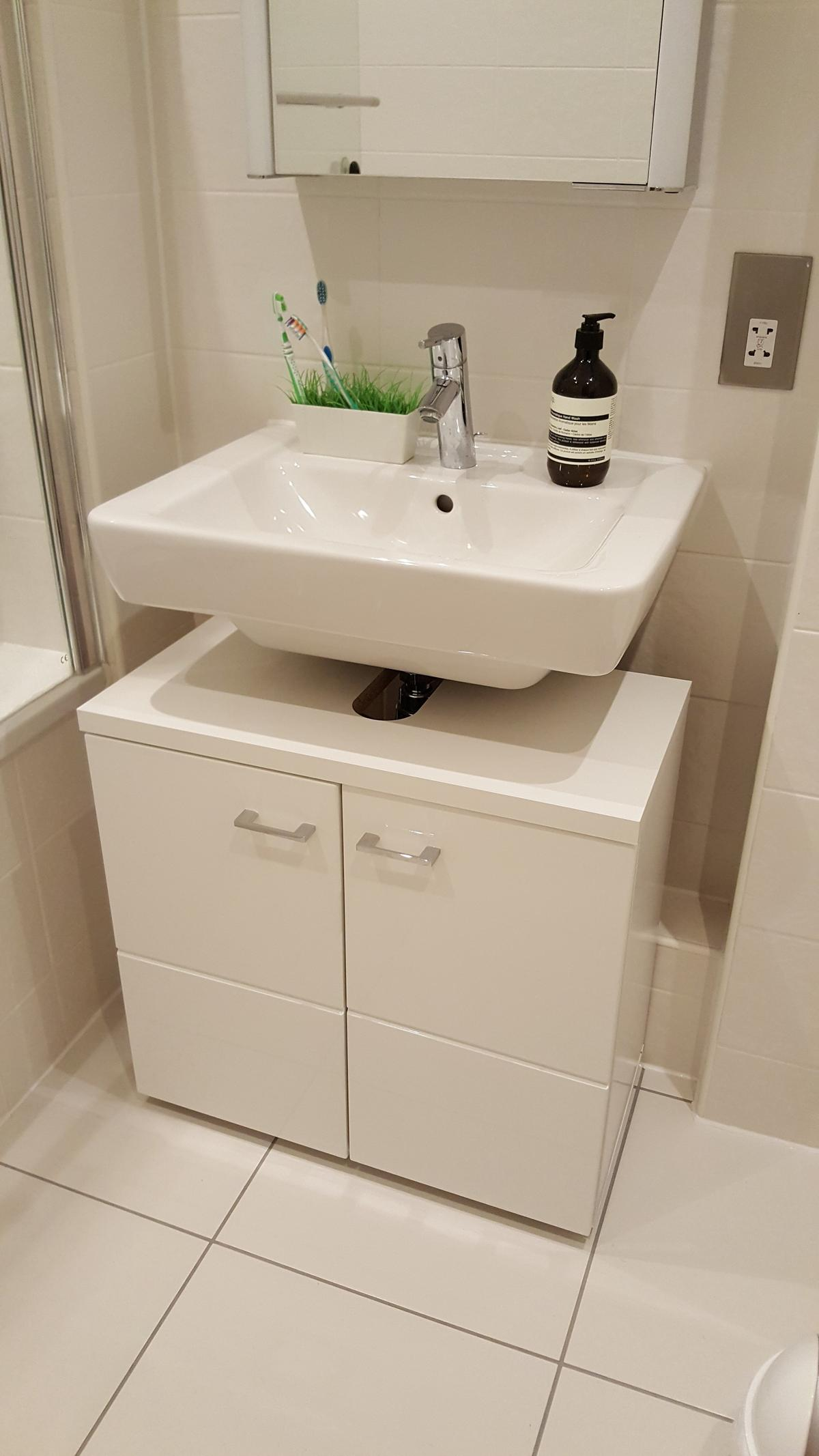 Under Sink Bathroom Cabinet 65 X 63