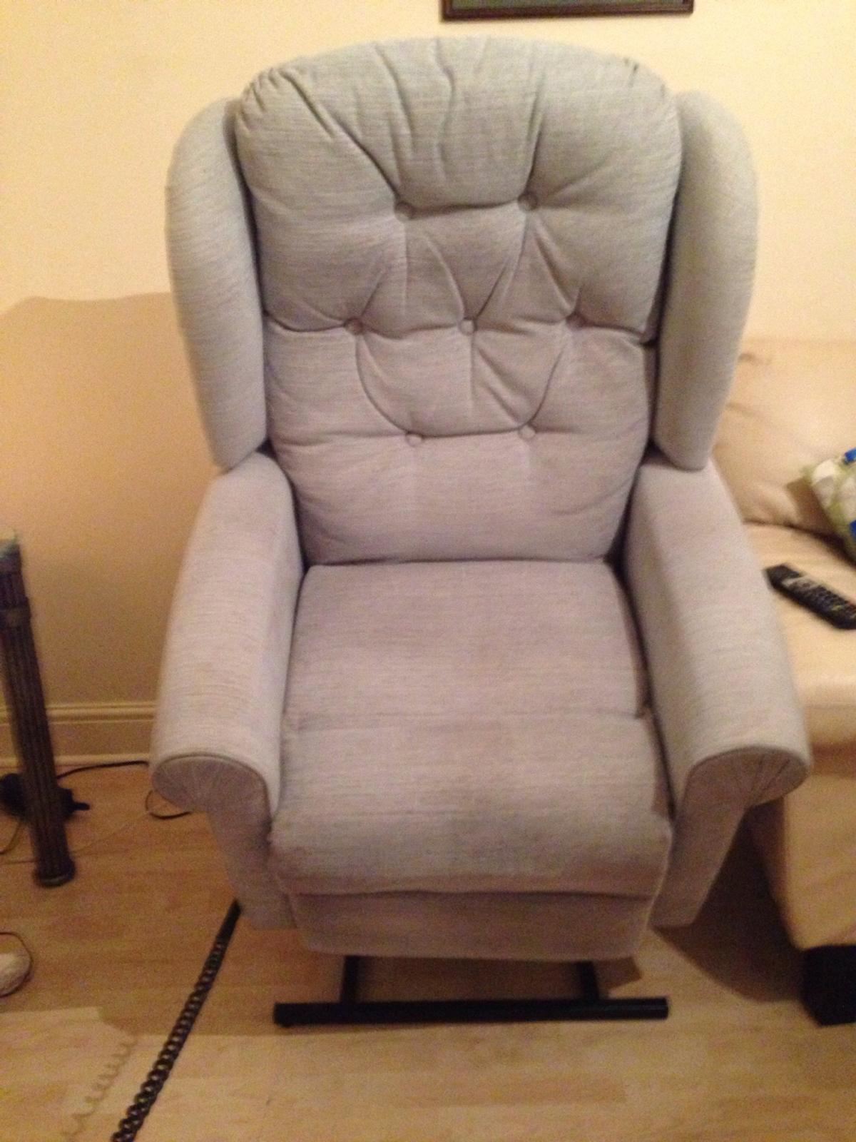 HSL recliner chair in BB3 Darwen for £50.00 for sale | Shpock