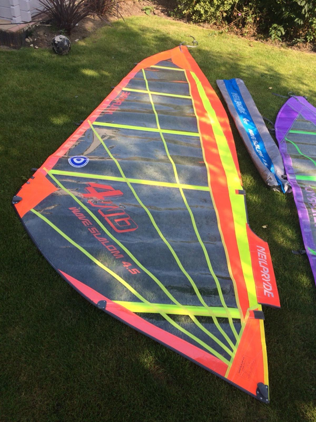 F2 windsurf board with two Neil pryde sails  in KT23 Bookham