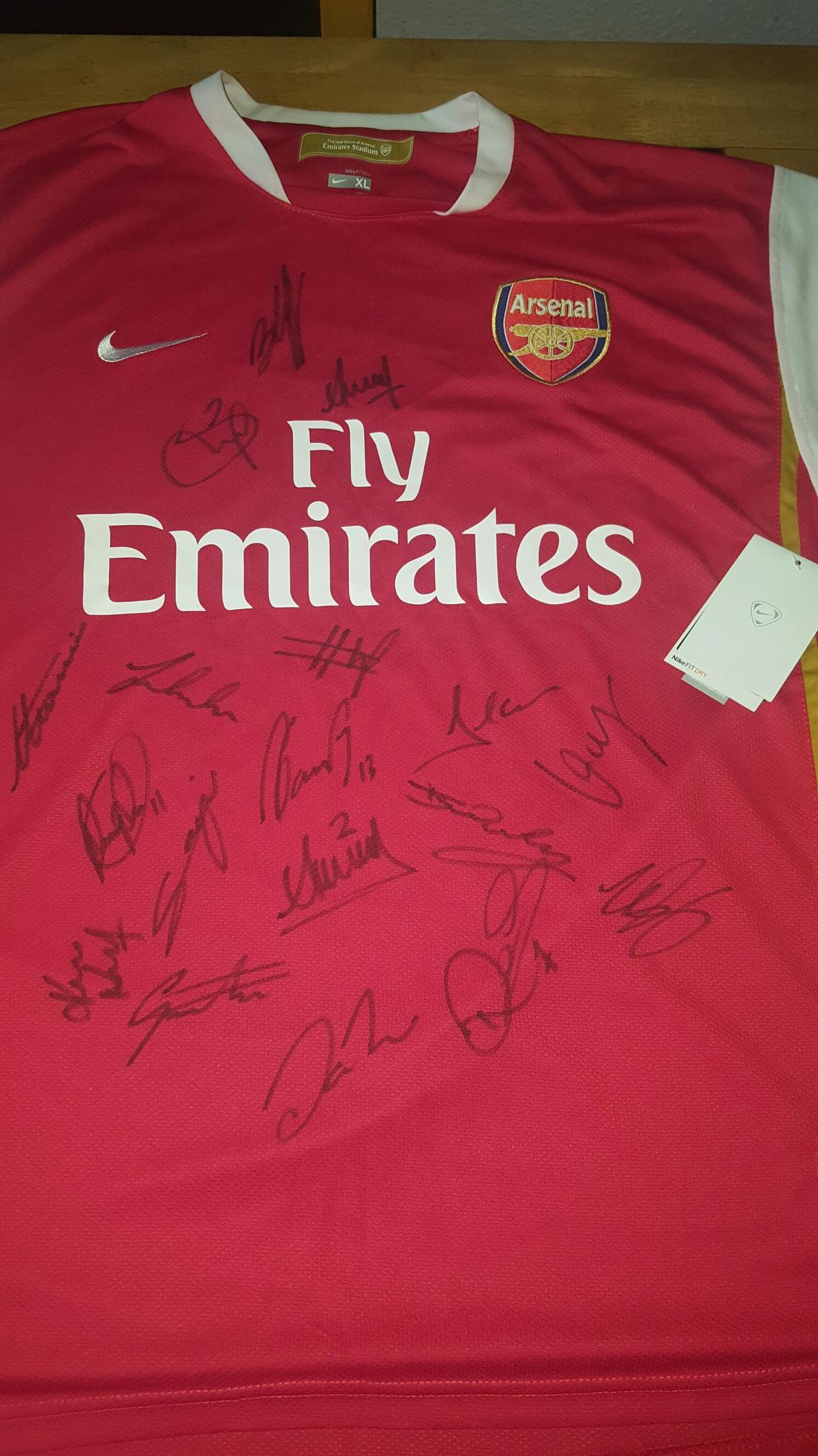 quality design 3b295 edb73 Signed Arsenal 2007/2008 football shirt