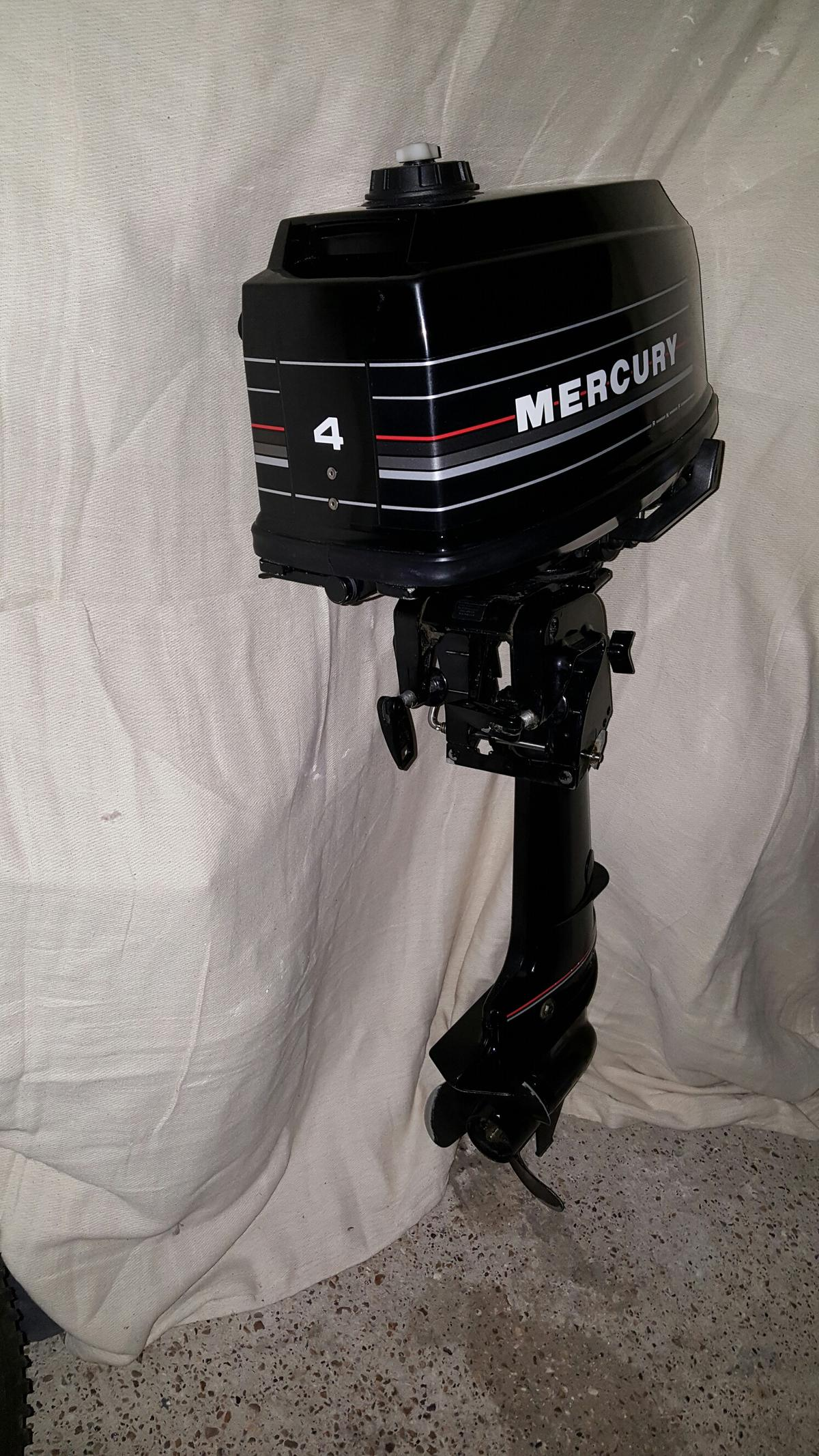 Mercury 4HP 2 stroke outboard engine in TN16 Hill for