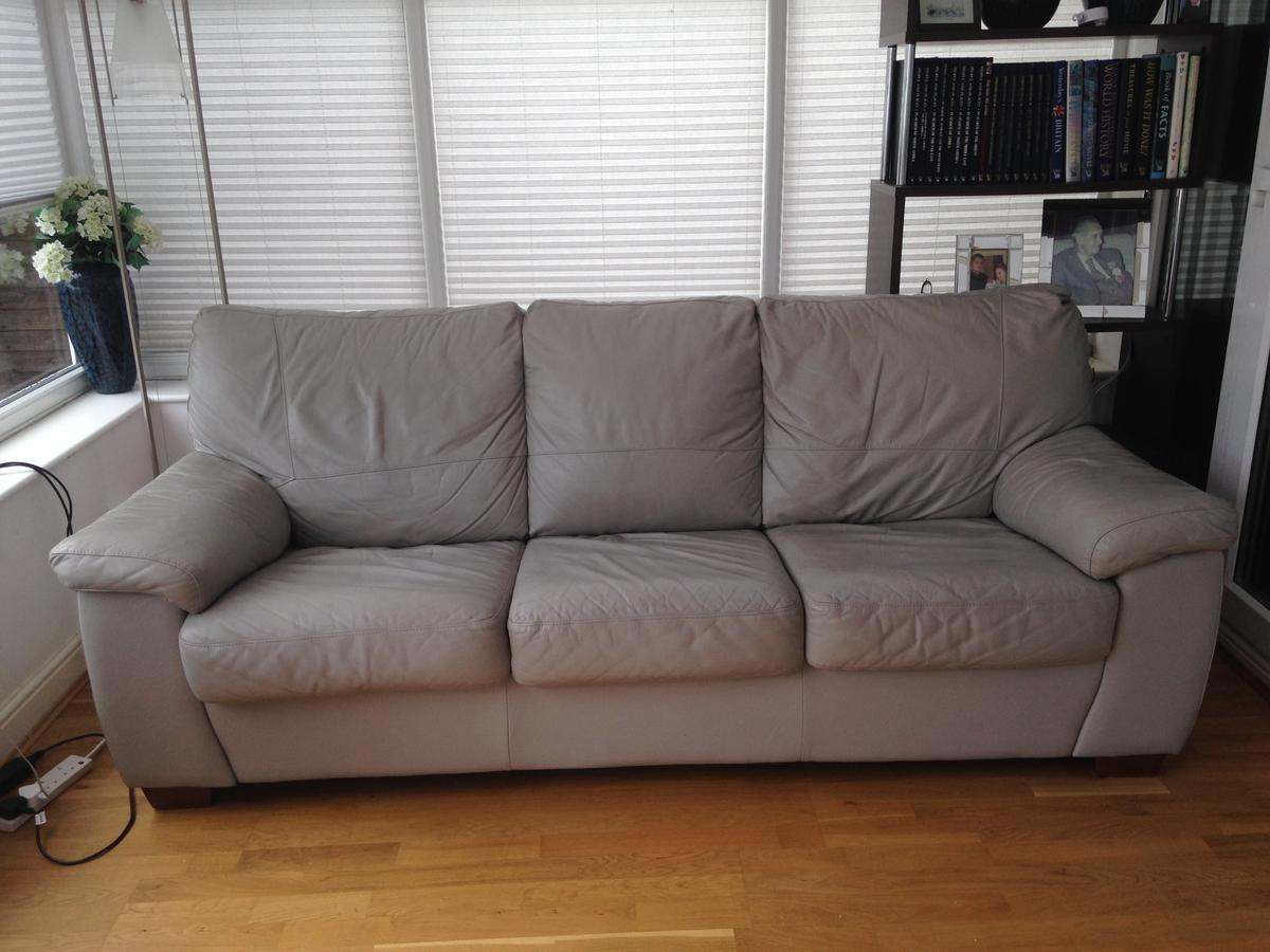 Grey Leather Dfs 3 Seater Sofa Bed In Po14 Fareham For 70 00 For Sale Shpock