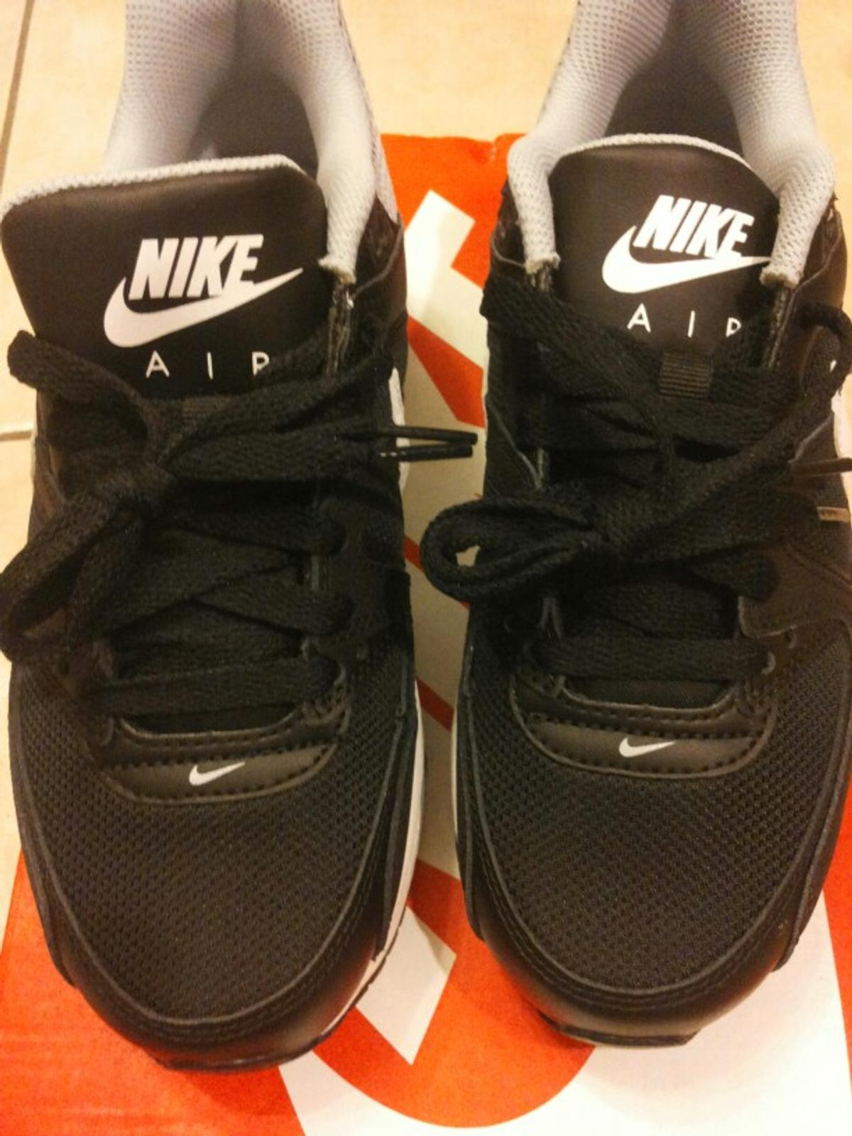 air max command nere donna