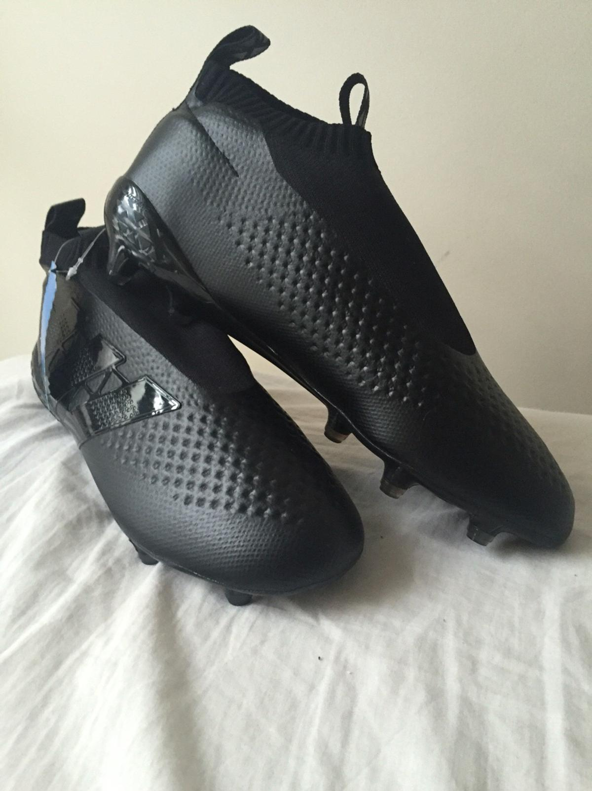 differently 2ec10 c4798 Adidas ace laceless football boots in TW5 Hounslow for ...