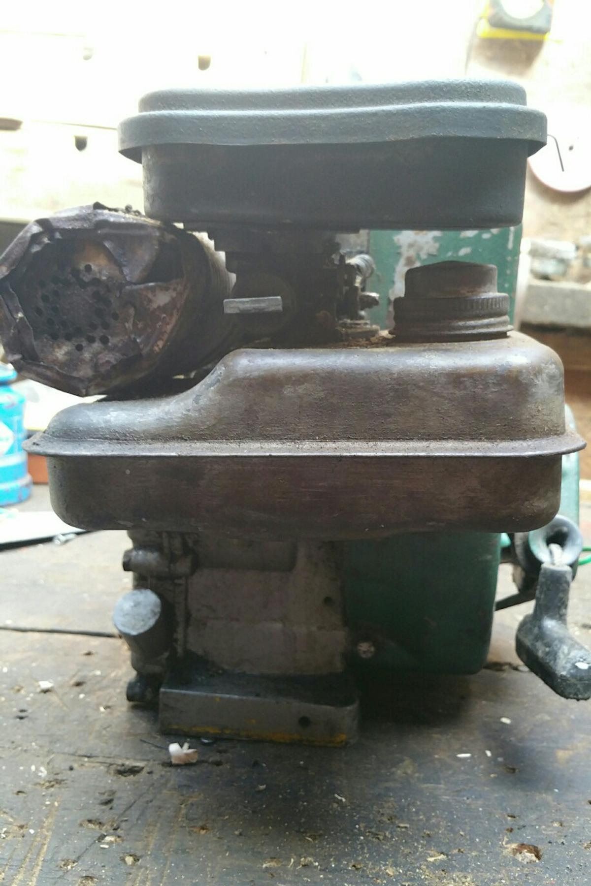 Brigg and Stratton 4 stroke 3hp?? in Stafford for £20 00 for