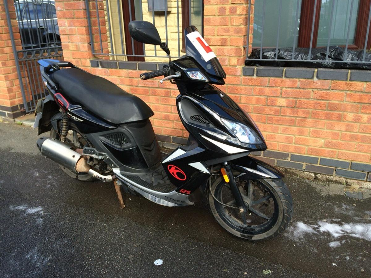 125cc KYMCO super 8 scooter/moped in NN8 Wellingborough for