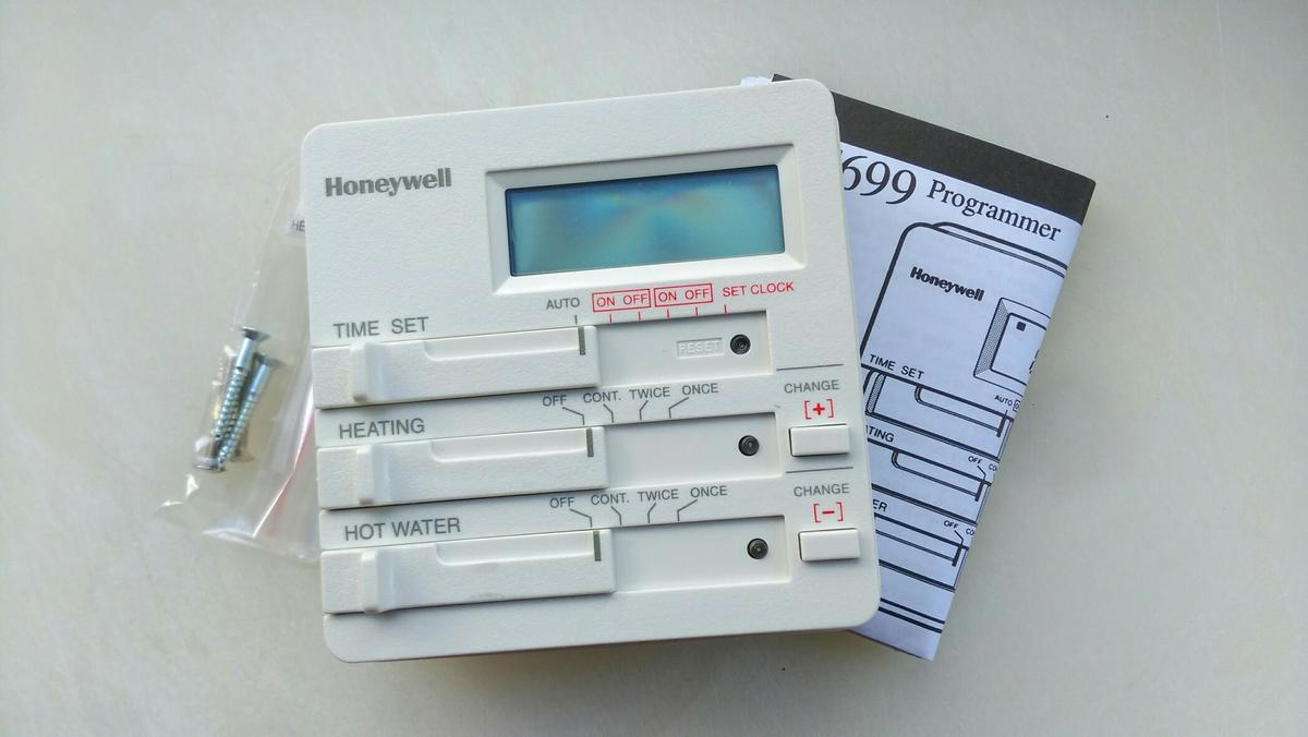 eebb0a0c41e6 ... genuine new Array - honeywell st699 heating programmer in s6 sheffield  for 10 00 for rh shpock com