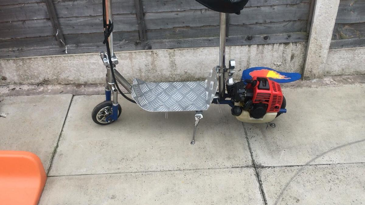 GOPED for sale - petrol scooter in B8 Birmingham for free