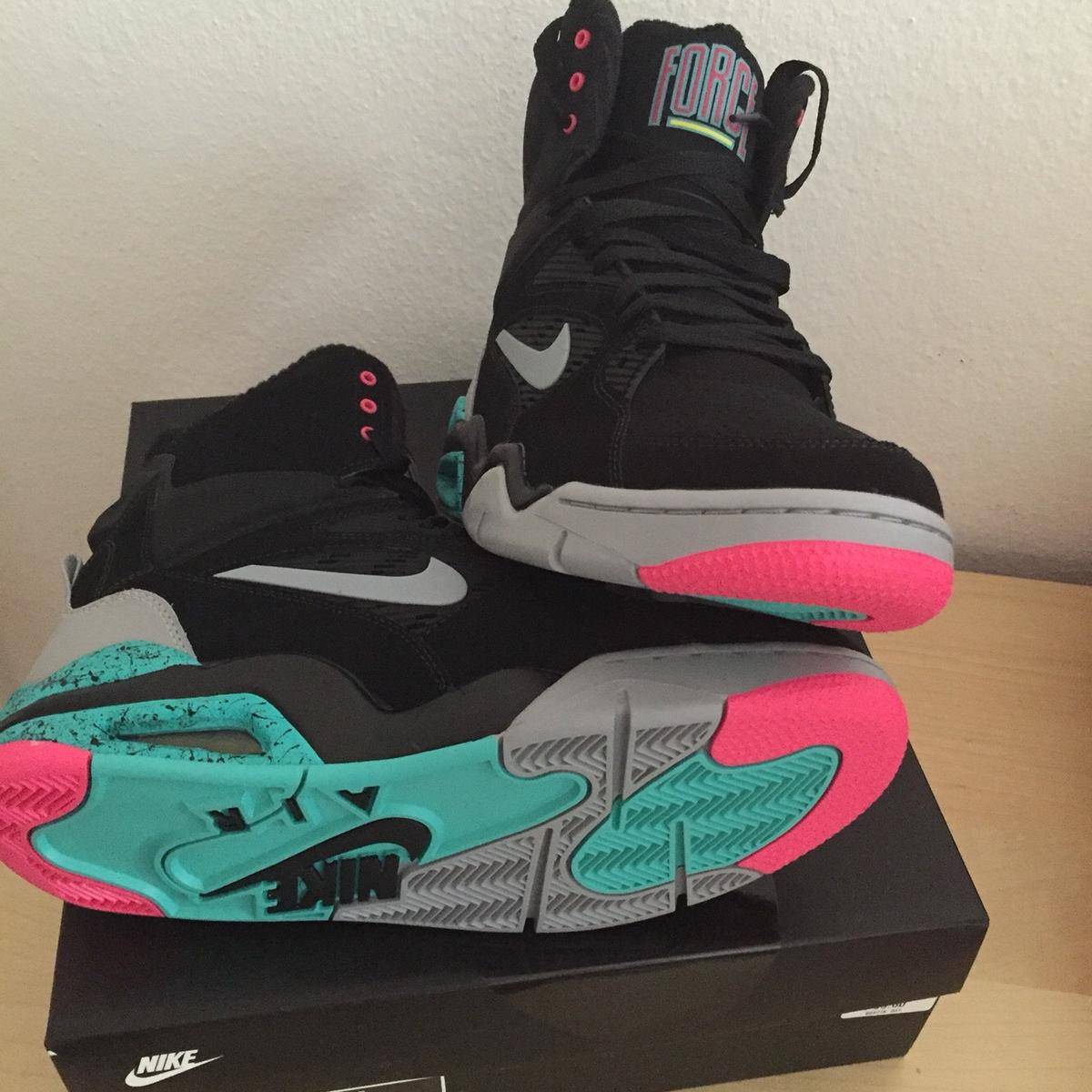 Nike air command force us 88.5