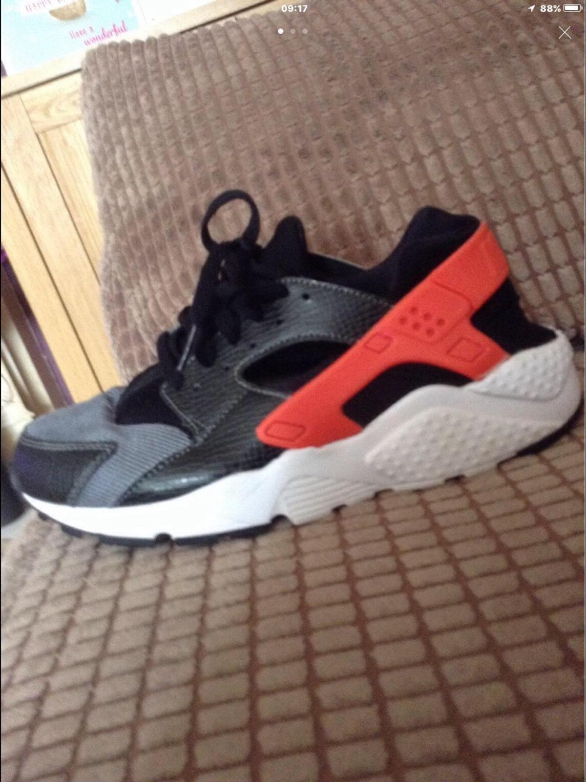 b6f4e2c7ff89 Trainers(Nike huaraches and primark ) in DN35 Cleethorpes for £5.00 ...