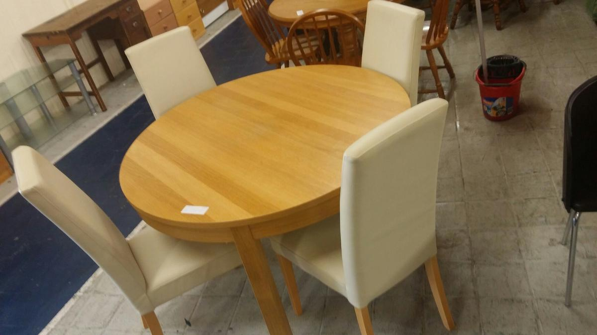 Swell Expendable Ikea Table And 4 Home Interior And Landscaping Palasignezvosmurscom