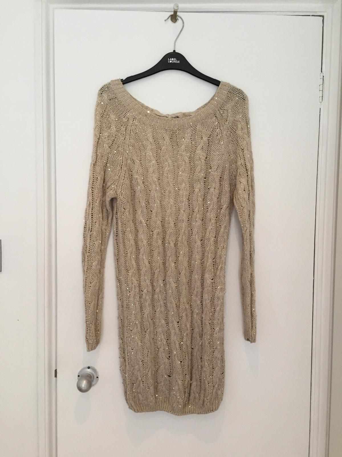 on sale shades of color brilliancy Gold oversized New Look jumper.