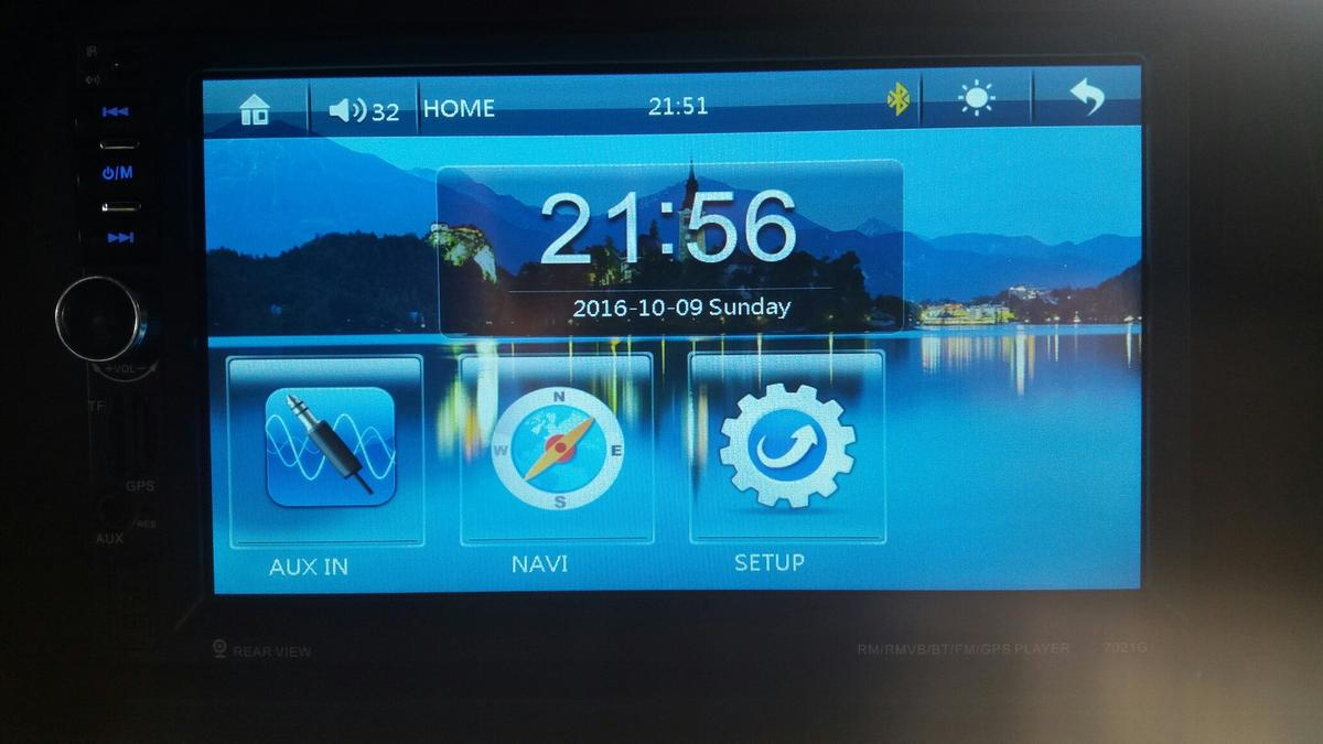 Touch screen in car radio in BD22 Keighley for £65 00 for sale - Shpock
