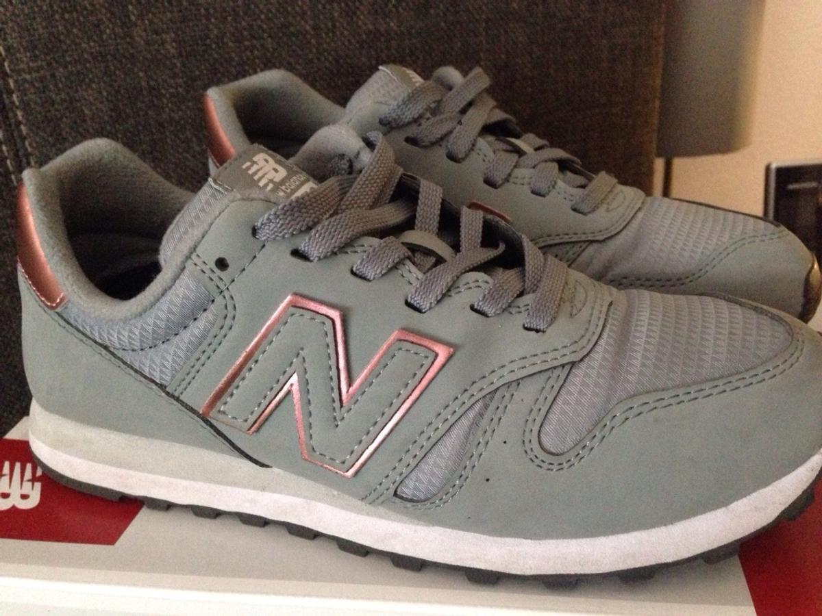 New Balance Grau/Rose Gold in 48157 Münster for €45.00 for ...