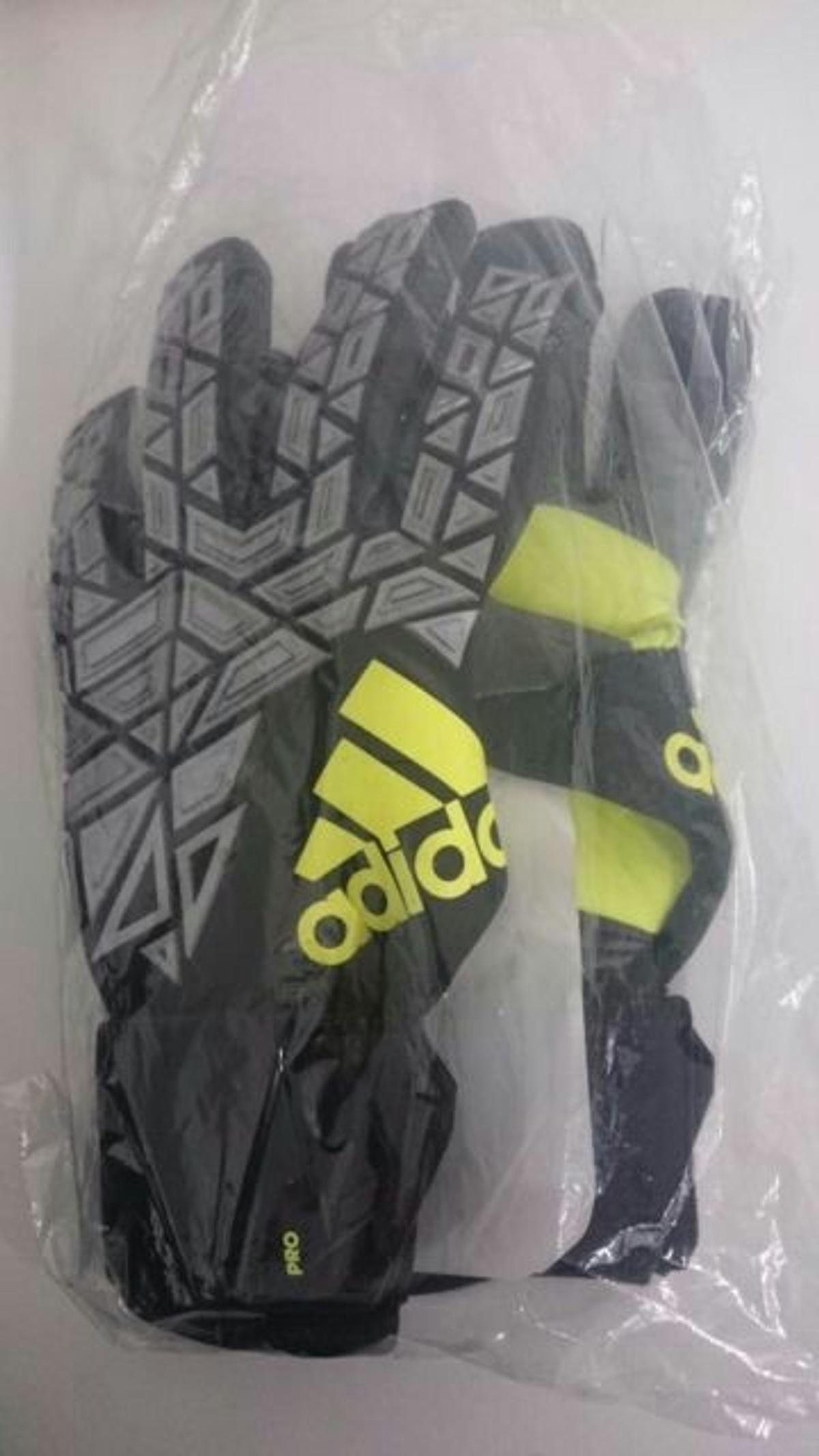 best service 99e93 36729 Adidas Ace Trans Pro Goalkeeper Gloves Size 9 - Images ...